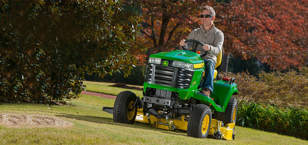 Follow the link to learn more about saving $1,000 off and 0% for 60 months financing on all X700 Signature Series Tractors.